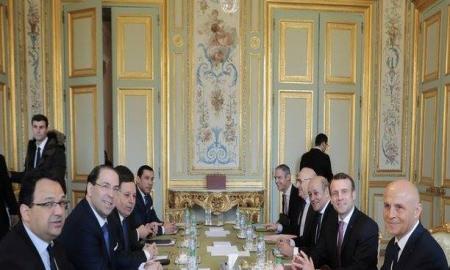 ما بعد زيارة الشاهد لباريس : حملة انتخابية ... نجاحات اقتصادية وتسجيل نقاط سياسية ؟