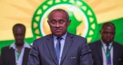 التاس تخفض عقوبة أحمد أحمد وتقصيه من انتخابات الكاف