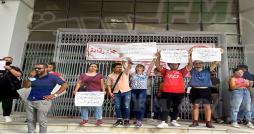 أمام وزارة التعليم العالي : طلبة يطالبون بحلّ مشاكل السّكن