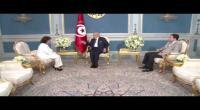 بالفيديو : سهام بن سدرين تقدم لرئيس الجمهورية التقرير السنوي لهيئة الحقيقة والكرامة لسنة 2015